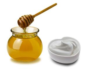 Miele-e-yogurt